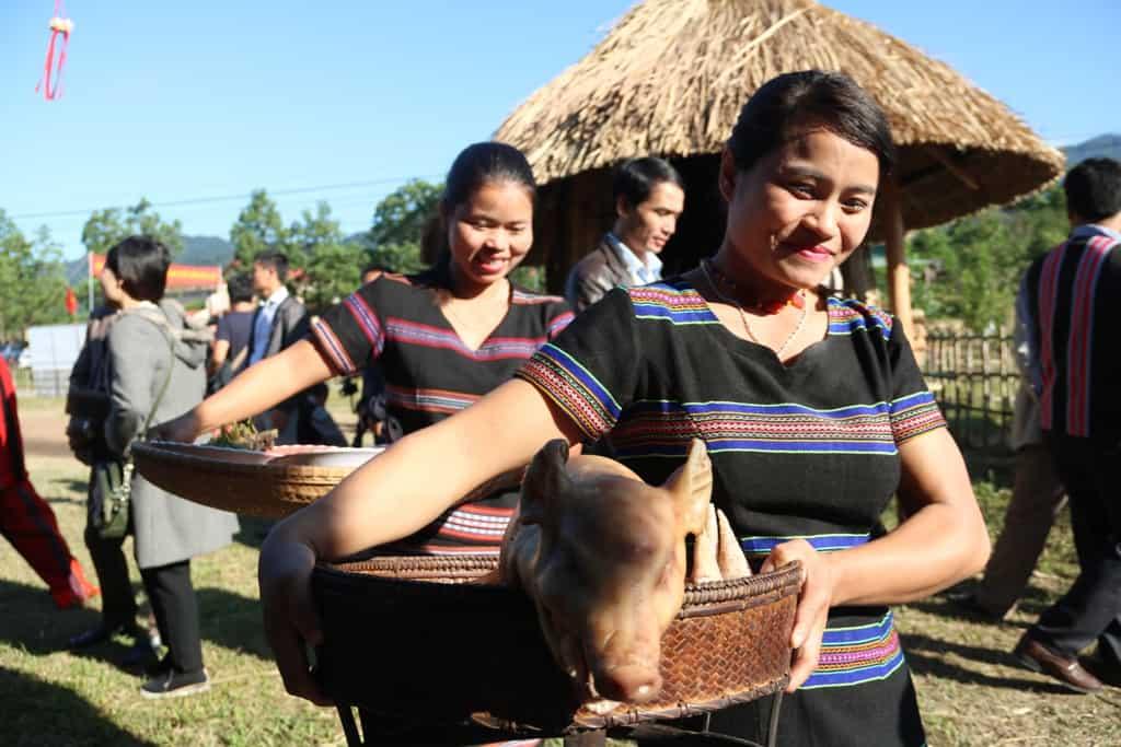 Độc đáo lễ hội Aza Koonh truyền thống huyện A Lưới 158