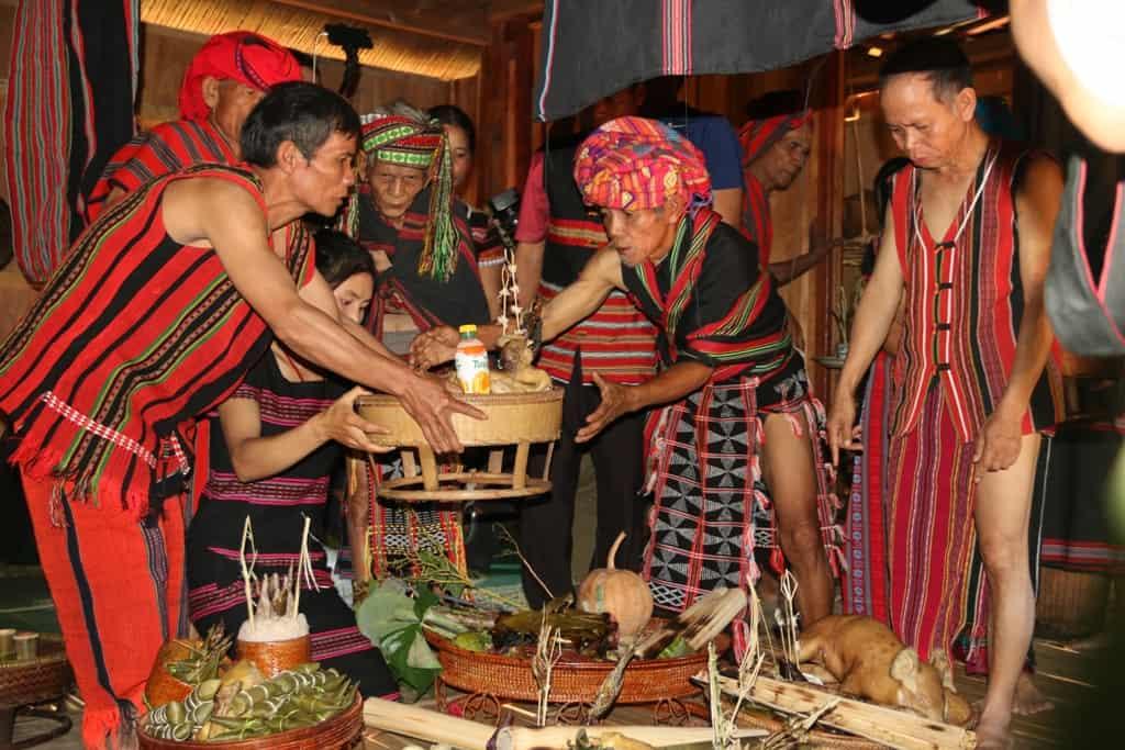 Độc đáo lễ hội Aza Koonh truyền thống huyện A Lưới 160