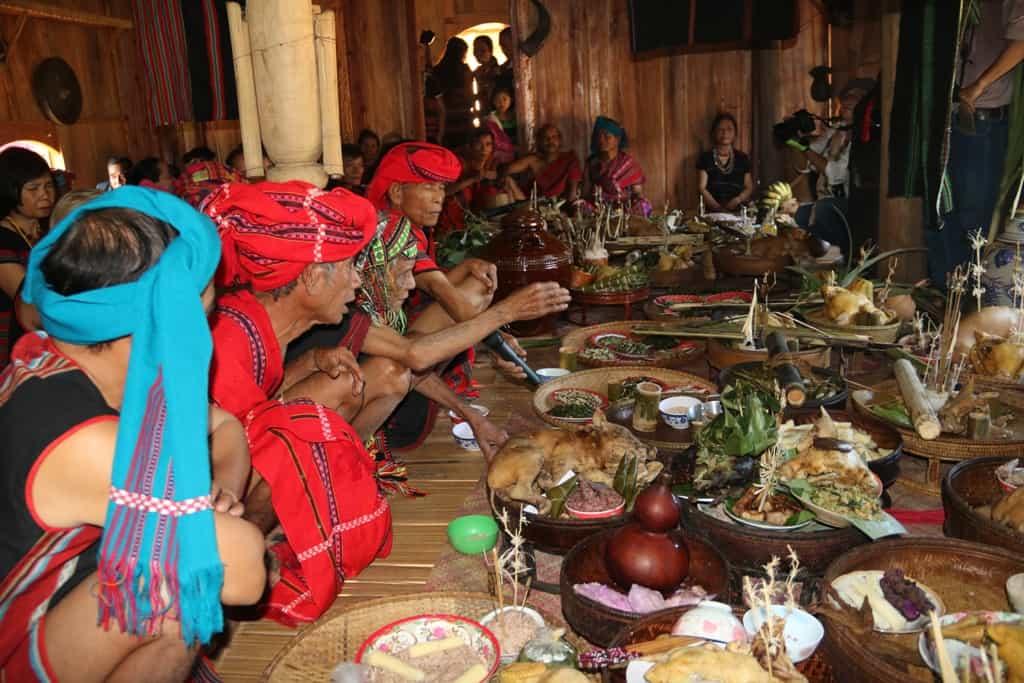 Độc đáo lễ hội Aza Koonh truyền thống huyện A Lưới 162
