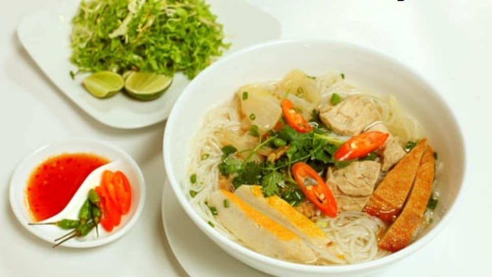 Những món ngon không thể bỏ qua khi đến miền Trung, Việt Nam 172
