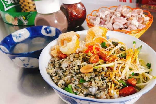 Những món ngon không thể bỏ qua khi đến miền Trung, Việt Nam 164