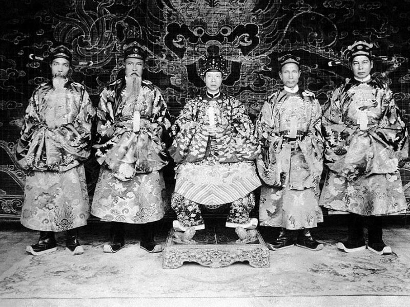 13 Triều đại nhà Nguyễn 188