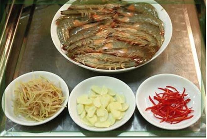 Ở Huế có một loại đồ chấm với thịt luộc cực ngon, bảo đảm ai ăn một lần cũng mê mẩn 140