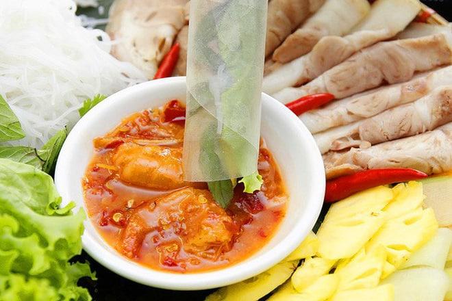 Ở Huế có một loại đồ chấm với thịt luộc cực ngon, bảo đảm ai ăn một lần cũng mê mẩn 148