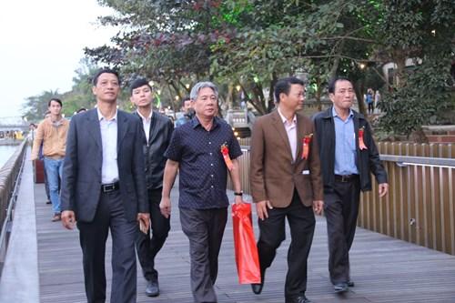 Chính thức đưa vào hoạt động cầu gỗ lim trên sông Hương 136