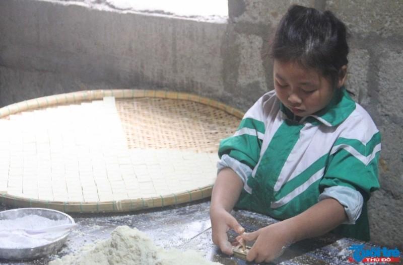 Nhiều làng nghề nổi tiếng xứ Huế tất bật những ngày giáp Tết