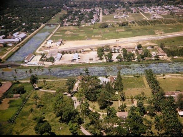 Sân bay quân sự Tân Lộc trong hoàng thành Huế.