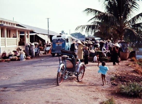 Một khu chợ quê.
