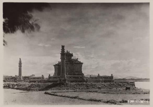 Công trình trong bức ảnh chụp năm 1930.