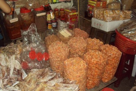 Chợ Đông Ba 153