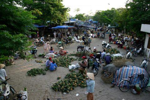 Chợ Đông Ba 154