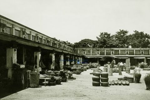 Chợ Đông Ba 136