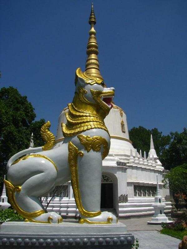 Chùa Thiền Lâm, chùa Phật đứng - Phật nằm, chùa Huế