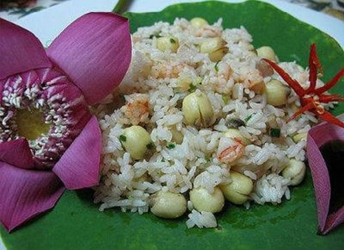 Thanh cao cơm sen xứ Huế 142