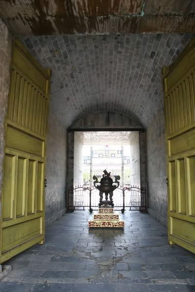 Các cổng vào Hoàng thành Huế 123