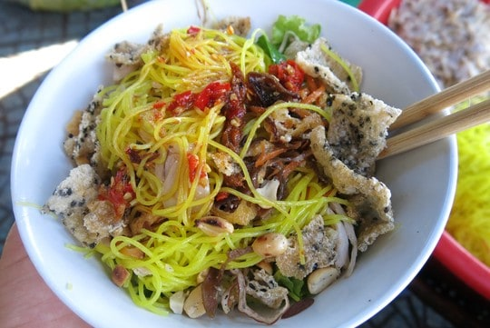 Đồ ăn vặt ở Huế vừa ngon vừa rẻ