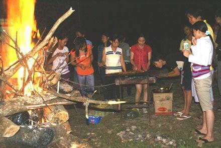 Đêm lửa trại ở Bạch Mã