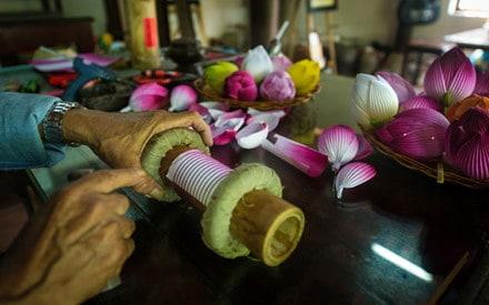 Nghệ nhân thổi hồn cho hoa giấy xứ Huế 150