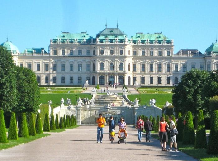 Khám phá 7 thành phố lãng mạn nhất châu Âu 168