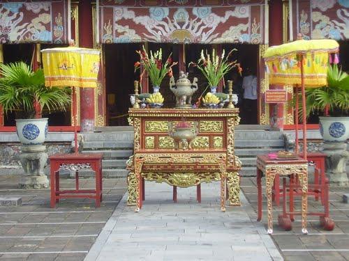The Mieu and Hung Mieu compound6