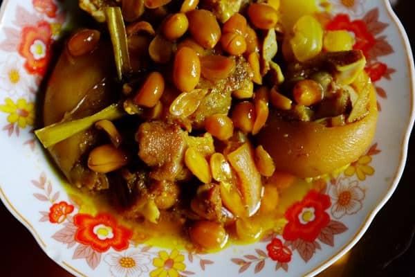 Thịt hon là sự sáng tạo tài tình của người Huế khi tiếp thu gia vị cà ri của người Ấn Độ