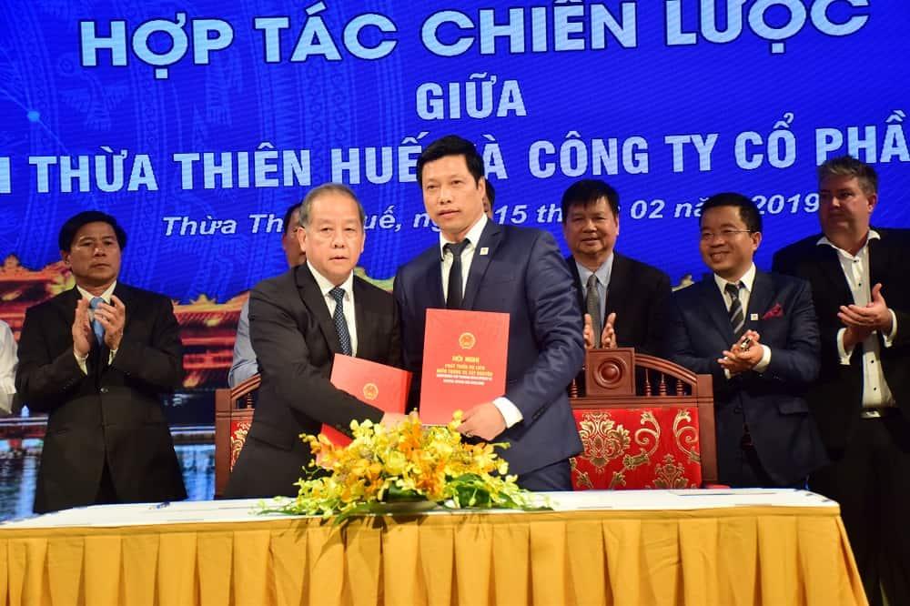 Van Phu Invest hop tac chien luoc Loc Binh Hue