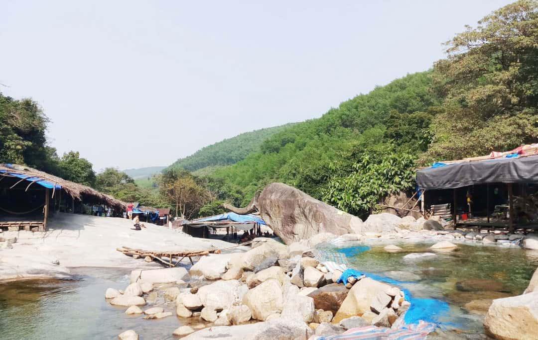 Khu du lịch sinh thái Suối Voi hiện tại mà người dân đã khai hoang hàng chục năm qua