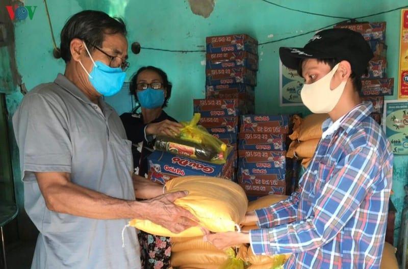 Thừa Thiên Huế giúp người nghèo vượt qua dịch Covid-19