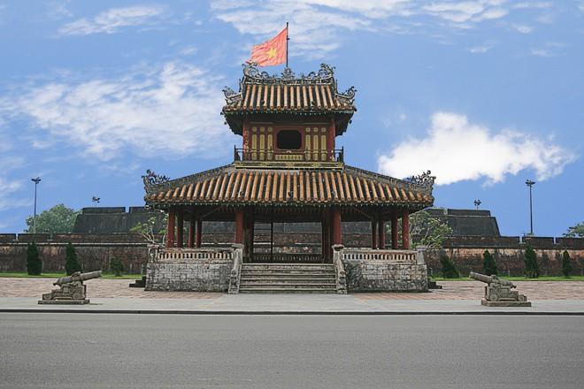 Vì sao chợ Đông Hoa phải đổi tên thành Đông Ba? 146