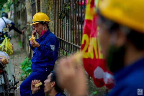 Lời cảm ơn, tri ân Cô Chú Anh Chị công nhân vệ sinh môi trường Huế sau cơn bão số 5 144