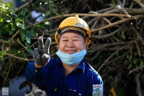 Lời cảm ơn, tri ân Cô Chú Anh Chị công nhân vệ sinh môi trường Huế sau cơn bão số 5 168