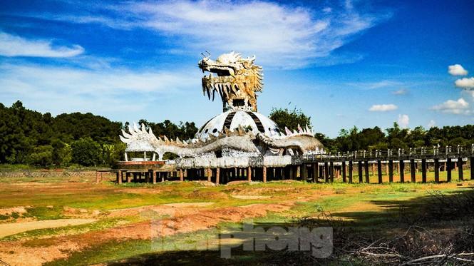 Công viên nước 'kinh dị' tại Huế từng lên báo Mỹ lại khô kiệt khác thường 222