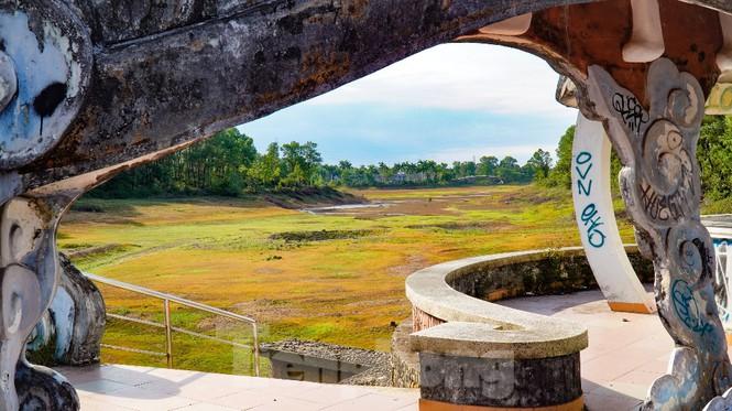 Công viên nước 'kinh dị' tại Huế từng lên báo Mỹ lại khô kiệt khác thường 240