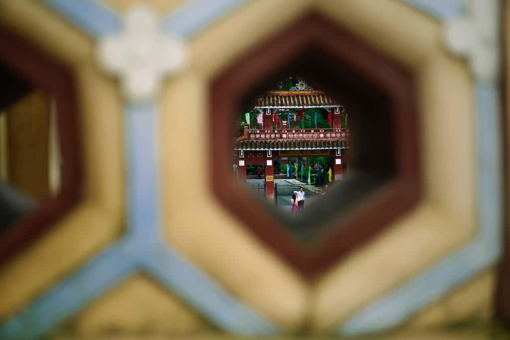 Tản bộ dọc sông Hương, ngắm nhìn một Huế rất đời thường 196