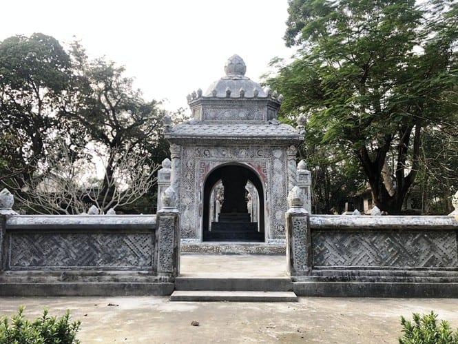 Sau trùng tu, ngôi cổ tự nổi tiếng bậc nhất xứ Huế bây giờ ra sao? 182